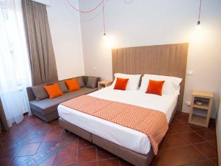 TOWN HOUSE CAMPO DE FIORI - Rome vacation rentals