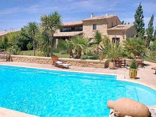 Castillon du Gard, Superb villa 10p with huge privat pool - Castillon-du-Gard vacation rentals