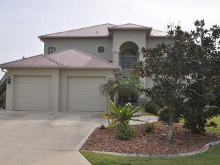 Beach Front Paradise 4/3/3 Hot Tub perfect for 12 - Palm Coast vacation rentals