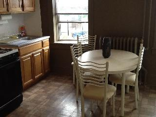 Unbelievable Astoria Apt for Rent! - Astoria vacation rentals