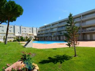 Comfortable L'Escala Condo rental with Shared Outdoor Pool - L'Escala vacation rentals
