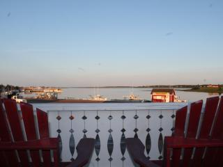 Beautiful House with Internet Access and Linens Provided - North Rustico vacation rentals