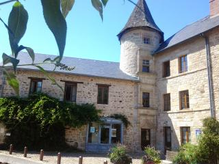 Cozy 3 bedroom Bed and Breakfast in Eymoutiers with Internet Access - Eymoutiers vacation rentals