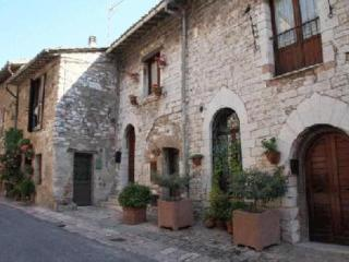 "Assisi holidays ""Da Regina"" FREE WI FI - Assisi vacation rentals"