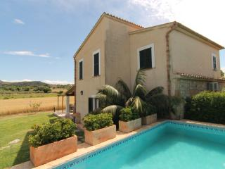 Villa Vertent, very quiet  at 5 km from the beach - Pollenca vacation rentals
