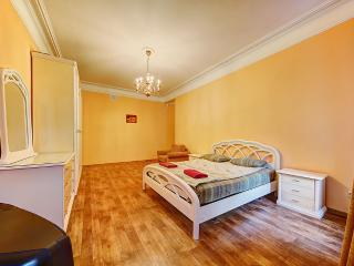 2-bedroom apartment for up to 8 people (244) - Saint Petersburg vacation rentals