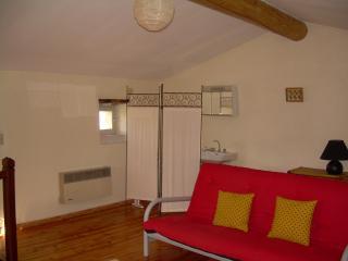 2 bedroom Townhouse with Balcony in La Garde-Adhemar - La Garde-Adhemar vacation rentals