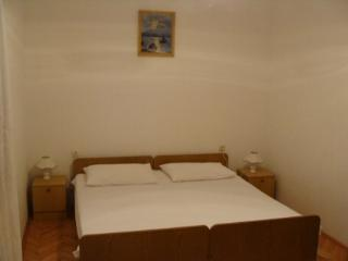 Nice 1 bedroom Pavicini Condo with Internet Access - Pavicini vacation rentals