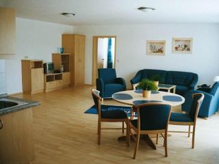 Vacation Apartment in Au in der Hallertau - quiet location, modern (# 1687) - Au in der Hallertau vacation rentals