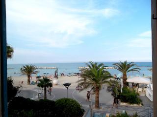 PRIMA FILA MARE-Grottammare mon amour-MarinaGrande - Grottammare vacation rentals