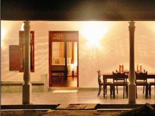Luxury villa in Hikkaduwa with a pool - Balapitiya vacation rentals