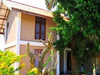 Vanaro Eco Lodge - Tissamaharama vacation rentals