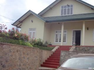 Hiru Holiday Bungalow - Nuwara Eliya vacation rentals