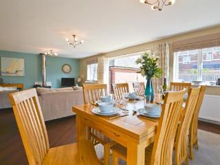 6 bedroom House with Deck in Seahouses - Seahouses vacation rentals