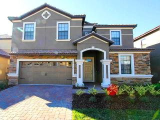 6-Bedroom Gold Star Pool Home Near Disney - Kissimmee vacation rentals