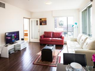 Fully furnished 2 Bedroom Apartment Hollywood - West Hollywood vacation rentals