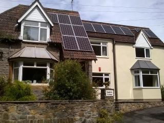 Hawkers Cottage, Tickenham Road, Clevedon, - Clevedon vacation rentals