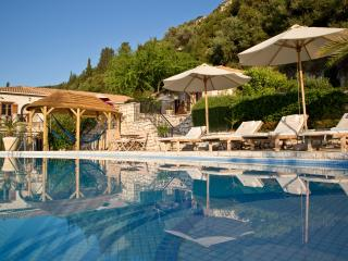 To Petrino - Nidri vacation rentals