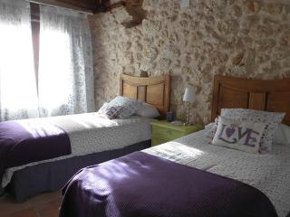3 bedroom Cottage with Deck in Segovia Province - Segovia Province vacation rentals