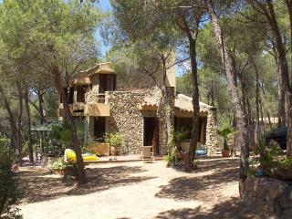 villa al mare VICINO FORTE VILLAGE - Santa Margherita di Pula vacation rentals