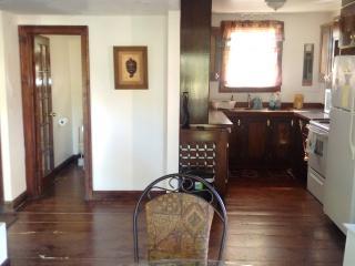 2 bedroom Cottage with Deck in Wasaga Beach - Wasaga Beach vacation rentals