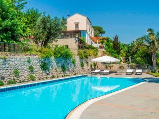 Nice 4 bedroom House in Vietri sul Mare with Internet Access - Vietri sul Mare vacation rentals