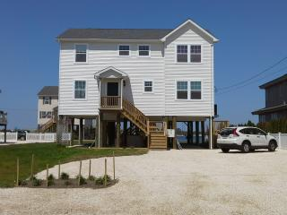 Nice House with Internet Access and Dishwasher - Mantoloking vacation rentals