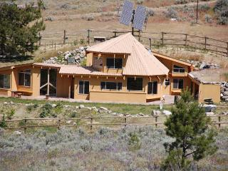 4 bedroom House with Internet Access in Tonasket - Tonasket vacation rentals