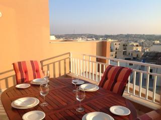 modern 2 bedroom penthouse with a garage and wifi. - Marsascala vacation rentals