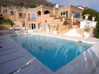 Villa Calcare (w/ Private Beach Access) - Malibu vacation rentals