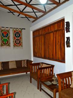 Perfect 2 bedroom Naula Bungalow with Deck - Naula vacation rentals