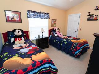 LAST MINUTE OFFER -5min from Disney @Windsor Hills - Kissimmee vacation rentals