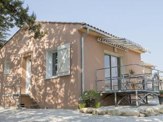 1 bedroom House with Internet Access in Saint Saturnin les Avignon - Saint Saturnin les Avignon vacation rentals
