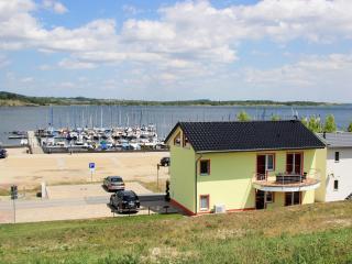Ferienwohnung Hafenplatz (Marina Mücheln) - Braunsbedra vacation rentals