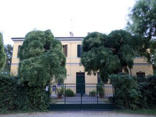 Appartamento spazioso nel verde a 20 km da Ferrara - Voghiera vacation rentals