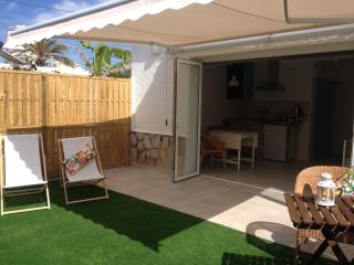 Beautiful apartment 2 min. from sea dogs welcome - Campello vacation rentals