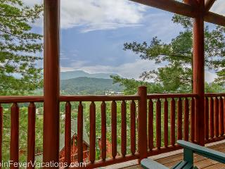 Spacious Cabin with Deck and Internet Access - Sevierville vacation rentals