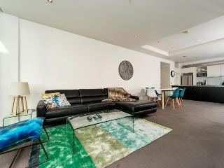 3 Bedroom Penthouse overlooking Viaduct Harbour Auckland NZ - Auckland vacation rentals