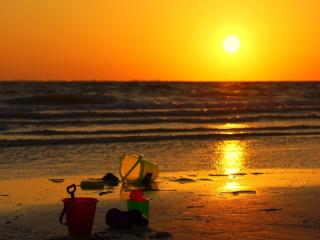 Breathtaking Sunsets Just Steps from Your Condo - Fort Myers Beach vacation rentals