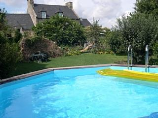 Nice Gite with Internet Access and Shared Outdoor Pool - Corseul vacation rentals