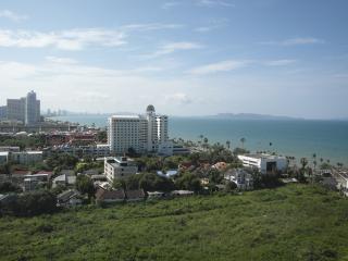 Luxury penthouse sea view condo JBC S1 F16 R40-41 - Pattaya vacation rentals