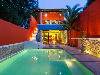 Colorful family-friendly hideaway in urban Mérida - Merida vacation rentals