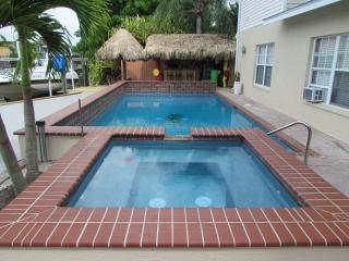 Dahl Beach House Paradise - Fort Myers Beach vacation rentals
