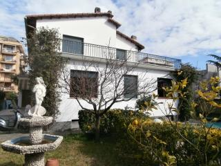 Adorable 1 bedroom Vacation Rental in Lavagna - Lavagna vacation rentals