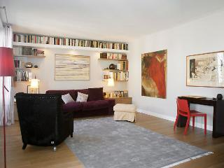 COMEDIE - Paris vacation rentals