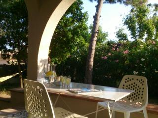 Cozy 3 bedroom House in El Masnou with Internet Access - El Masnou vacation rentals