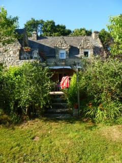 Nice Guest house with Internet Access and Garden - Inzinzac-Lochrist vacation rentals