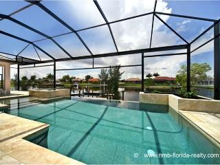 Villa Royal Miranda- Luxury in  SW Cape Coral - Cape Coral vacation rentals