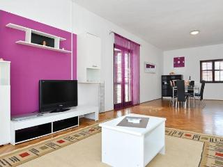 MH0007 Two bedroom apartment Medun - Zadar vacation rentals