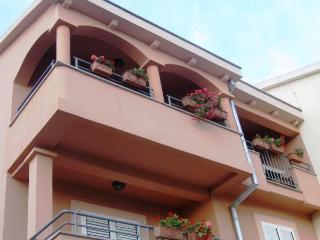 MH0011 Apartments Juran / Two bedroom apartment A5 - Sukosan vacation rentals
